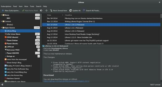 Liferea 1.10.12 looks great with Adiwata Dark. The preview is rendered in white on dark gray.